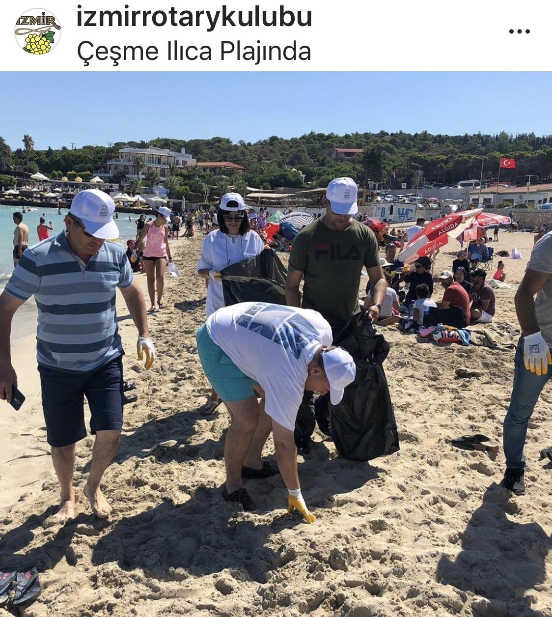 Çeşme Halk Plajı Temizliği